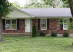 Foreclosed Home in Shelbyville 40065 125 GLORIA DR - Property ID: 1706845