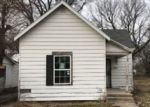 Foreclosed Home in Danville 61832 905 MAPLE ST - Property ID: 1714368