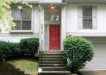 Foreclosed Home in Indianapolis 46268 2813 LAKESHIRE LN - Property ID: 1145426