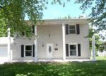 Foreclosed Home in Collinsville 62234 216 CAMELOT DR - Property ID: 1417851