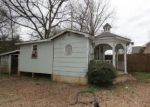 Foreclosed Home in Scottsboro 35768 910 S KYLE ST - Property ID: 1423642