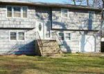 Foreclosed Home in Mastic 11950 73 MONTGOMERY AVE - Property ID: 1497332