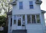 Foreclosed Home in Davenport 52802 2604 MCKINLEY AVE - Property ID: 1498760