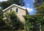 Foreclosed Home in Hillsdale 49242 19 STATE ST - Property ID: 1525583