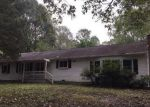 Foreclosed Home in Dinwiddie 23841 11803 QUAKER RD - Property ID: 1645993