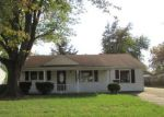 Foreclosed Home in Louisville 40272 7010 BETSY ROSS DR - Property ID: 1653832