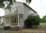 Foreclosed Home in Texas City 77590 323 9TH AVE N - Property ID: 1814738