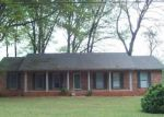 Foreclosed Home in Decatur 35603 2808 HUNTERWOOD DR SE - Property ID: 2177517