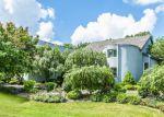 Foreclosed Home in Mundelein 60060 26610 N LONGMEADOW DR - Property ID: 2790979