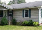 Foreclosed Home in Oakland 42159 11220 SMITHS GROVE SCOTTSVILLE RD - Property ID: 2965265