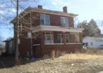 Foreclosed Home in West Frankfort 62896 901 E LINDELL ST - Property ID: 3148813