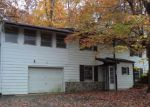 Foreclosed Home in Harpers Ferry 25425 44 BLACK OAK RD - Property ID: 3159228
