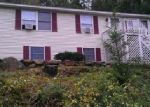 Foreclosed Home in Holland 1521 16 OLD COUNTY RD - Property ID: 3282117