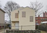 Foreclosed Home in Providence 2905 90 BAXTER ST - Property ID: 3375970