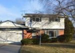 Foreclosed Home in Southfield 48076 29716 SPRING HILL DR - Property ID: 3489838