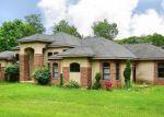 Foreclosed Home in Burlington 6013 65 WARREN GLN - Property ID: 3516752