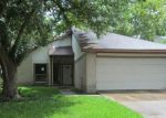 Foreclosed Home in Houston 77083 16239 RANCHO BLANCO DR - Property ID: 3564741