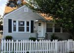 Foreclosed Home in Pawtucket 2860 154 FRANCIS AVE - Property ID: 3577051