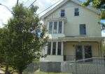 Foreclosed Home in Pawtucket 2860 53 DIX AVE - Property ID: 3577052