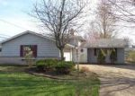 Foreclosed Home in North Olmsted 44070 25377 FAWN DR - Property ID: 3580603