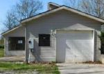 Foreclosed Home in Bentonville 72712 8645 MANOR DR - Property ID: 3607532