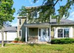Foreclosed Home in Gurnee 60031 630 DIXON CT - Property ID: 3637921