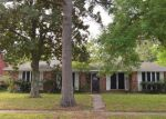Foreclosed Home in Pasadena 77503 3702 GREEN SHADOW DR - Property ID: 3639632