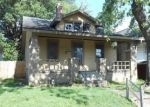 Foreclosed Home in Evansville 47714 1016 MARSHALL AVE - Property ID: 3661070