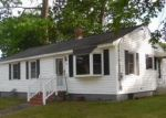 Foreclosed Home in Dracut 1826 40 SPRINGDALE RD - Property ID: 3717885