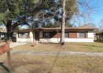 Foreclosed Home in Jacksonville 32210 4221 SABINE DR - Property ID: 3723606