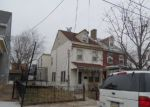 Foreclosed Home in Bristol 19007 825 GARDEN ST - Property ID: 3738097