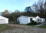 Foreclosed Home in Battle Creek 49017 21775 WAUBASCON RD - Property ID: 3739555