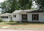 Foreclosed Home in Carthage 75633 302 N PARKER LN - Property ID: 3740980