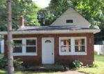 Foreclosed Home in Vicksburg 49097 504 GROVE ST - Property ID: 3750148