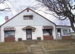 Foreclosed Home in Anderson 46013 412 W 33RD ST - Property ID: 3756846