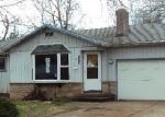 Foreclosed Home in Gresham 97080 360 SE MORLAN AVE - Property ID: 3766864
