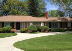 Foreclosed Home in Lathrup Village 48076 19126 SUNNYBROOK AVE - Property ID: 3780902