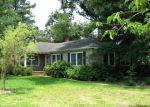 Foreclosed Home in Elizabeth City 27909 1305 PARK DR - Property ID: 3813842