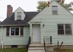 Foreclosed Home in Hartford 6114 68 FENWICK ST - Property ID: 3817410
