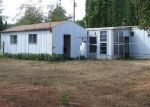 Foreclosed Home in Springfield 97478 92061 MAPLE LN - Property ID: 3826013