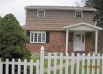 Foreclosed Home in Verona 15147 161 LOIS DR - Property ID: 3850914