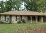 Foreclosed Home in Lawrenceburg 38464 1602 WHIPPOORWILL DR - Property ID: 3854915