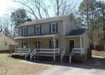 Foreclosed Home in North Chesterfield 23235 3435 SUMMERBROOKE DR - Property ID: 3859251