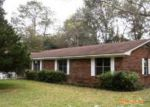 Foreclosed Home in Robertsdale 36567 18346 BARGINER DR - Property ID: 3865979
