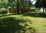 Foreclosed Home in Lenoir City 37772 10371 MARTEL RD - Property ID: 3879772