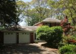Foreclosed Home in Smithtown 11787 26 DAWN DR - Property ID: 3880321