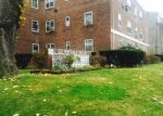 Foreclosed Home in Great Neck 11021 221 MIDDLE NECK RD APT M6 - Property ID: 3890792