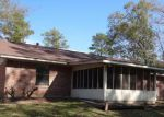 Foreclosed Home in Lufkin 75901 706 SAINT LO ST - Property ID: 3891771