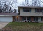 Foreclosed Home in Hoffman Estates 60169 1395 KINGSDALE RD - Property ID: 3893460