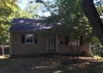 Foreclosed Home in Nanuet 10954 8 N LEXOW AVE - Property ID: 3900176
